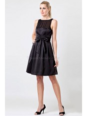 A-Line normale Taille Satin knielanges Brautjungfernkleid
