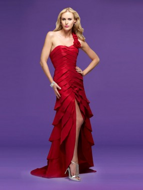 Exquisite blätterte One Shoulder Ballkleider Rot Lang
